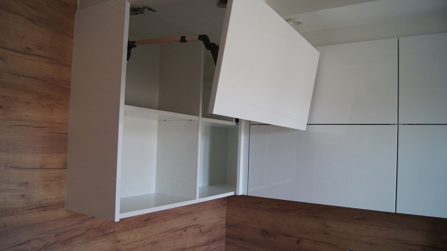 Белый кухонный гарнитур-Кухня МДФ в эмали «Модель 230»-фото6